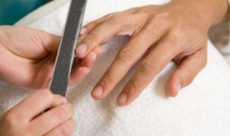 L'Embellie - Centre de Beauté - Soins mains et pieds pour homme - Lyon