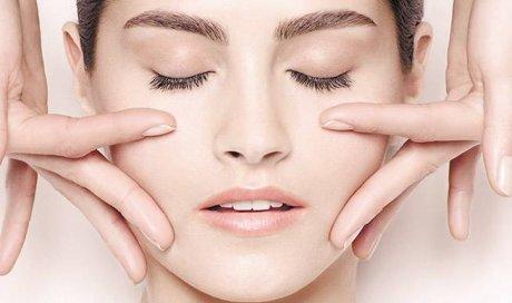 lifting manuel naturel du visage